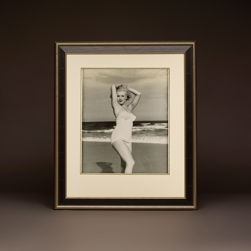 Marilyn by André de Dienes - 'Pulling a Pose'
