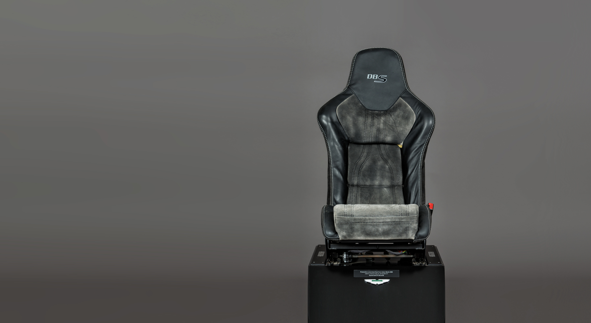 Rp2 Wide Aston Martin Dbs Seat Front