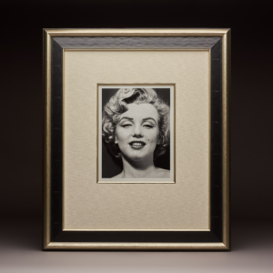 Bic Sm Marilyn By Philippe Halsman 1959 Km 0561